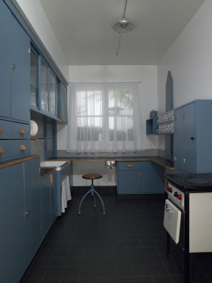 מטבח פרנקפורט משנת 1926. האבטיפוס של המטבח המודרני
