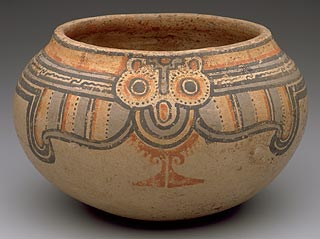 Two large round eyes help us see the curves and lines on this pot from Costa Rica as an owl, admired for its keen eyesight.